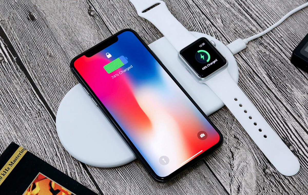 Fast Wireless Charging Pad for Apple Devices