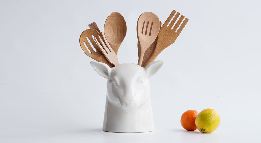 Elegant Stag Kitchen Tidy in Deer Head Shape